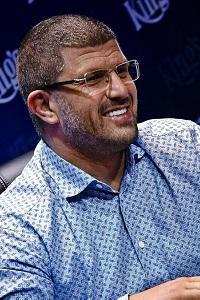 Leon Tsoukernik