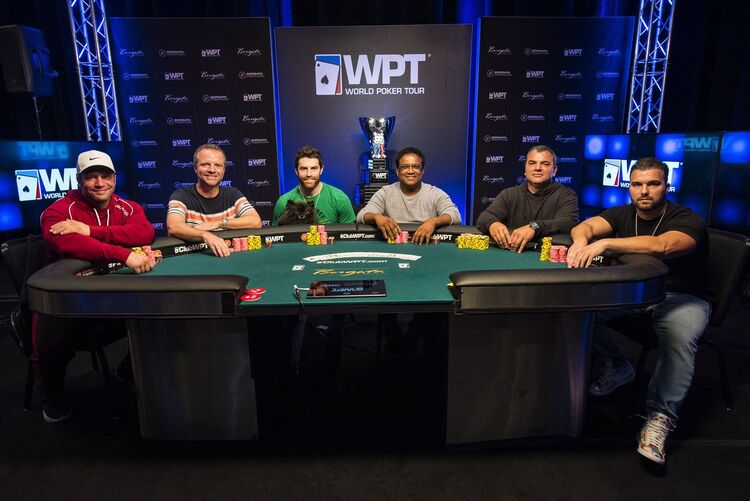 Final table play