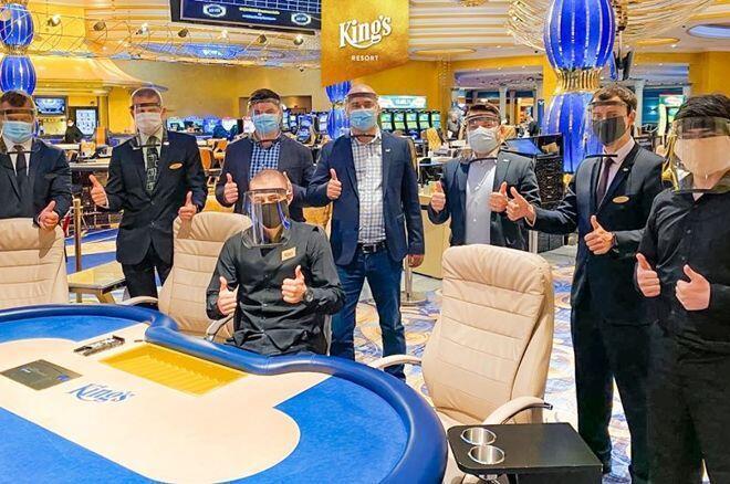 Казино в розвадове отзывы о вулкан казино игровые автоматы играть бесплатно