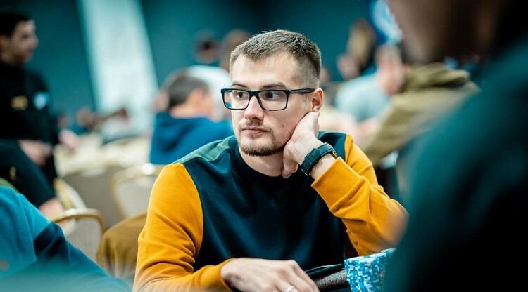 """Виктор """"papan9_p$ Устимов"""