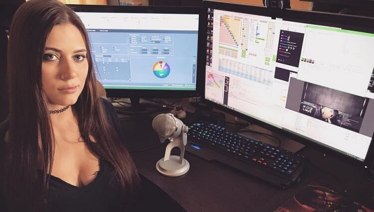 В 2017 Лия Новикова покинула команду ПокерСтарс