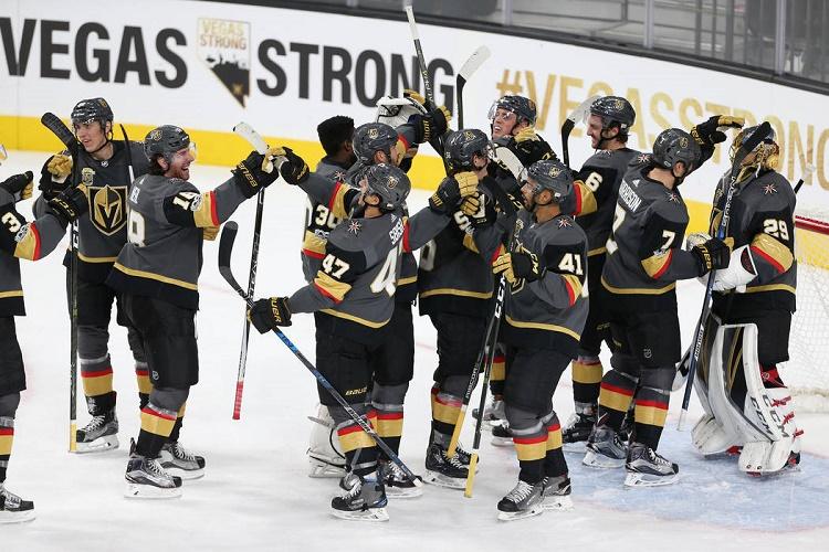 Хоккейная команда из Вегаса