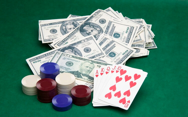 Деньги и покер