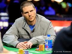 Алексей Макаров выиграл 14 000$ в пари покеристов