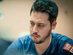 Адриан Матеос лидирует в турнире хайроллеров за 10 300$