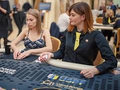 Ольга Ермольчева поучаствовала в благотворительном турнире по покеру