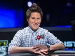 Ванесса Селбст завершила покерную карьеру