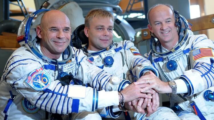 Ги Лалиберте в космосе
