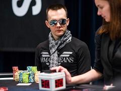 Никита Бодяковский лидирует в турнире суперхайроллеров EPT Monte Carlo