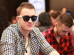 Чемпион SCOOP за 25 000$ попросил RomeOpro приютить его в Киеве