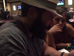 Дэн Билзерян замечен за кэш-игрой 1$/2$ в казино Вегаса