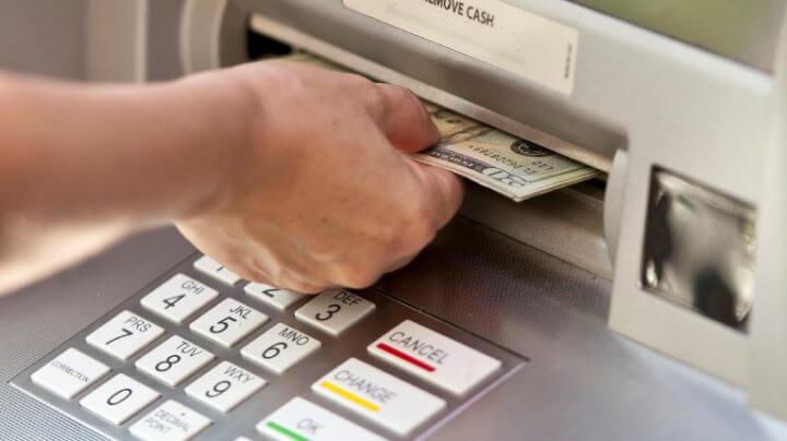 Запрет на вывод денег