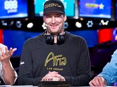 Фил Хельмут выиграл 15-й браслет WSOP
