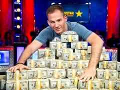 Джастин Бономо обогнал Негреану в списке самых прибыльных игроков в истории покера