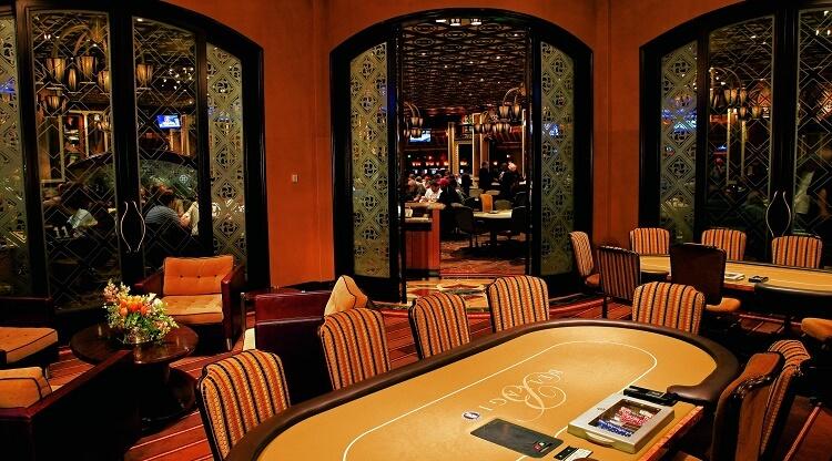 Легендарная покерная комната