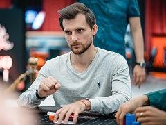 Андрей Патейчук лидирует в турнире хайроллеров partypoker Millions Russia