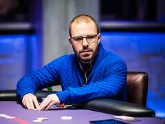 Дэн Смит подобрался к Дэвиду Питерсу в финале Poker Masters Main Event