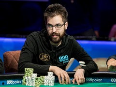 Dominik Nitsche leads in the final of the most expensive WSOPE tournament