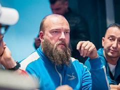 Чешский покерист совершил камбек с одного блайнда и выиграл золотой браслет WSOPE