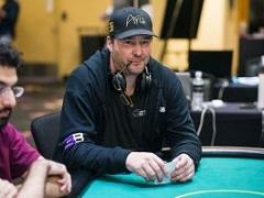 Фил Хельмут занял третье место в турнире по смешанным играм на WSOPE