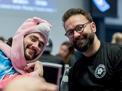 Negreanu will hold a charity tournament