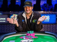 Phil Hellmuth made a hair replacement procedure