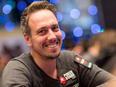 Lex Veldhuis took down the Sunday Warm-Up