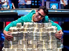 Кому принадлежит самый крупный покерный выигрыш?