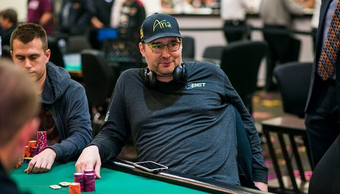 Phil Hellmuth vs Rob Yong