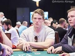 Алекс Фоксен принимает ставки на WSOP 2019