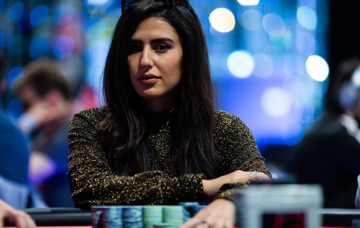 Мелика Разави - иранская покеристка 2019