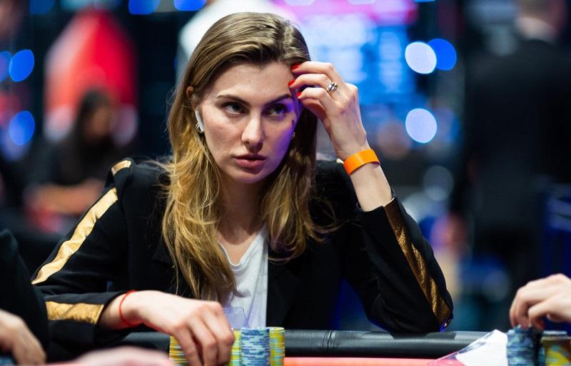 Алиса Сибгатова в покере 2019