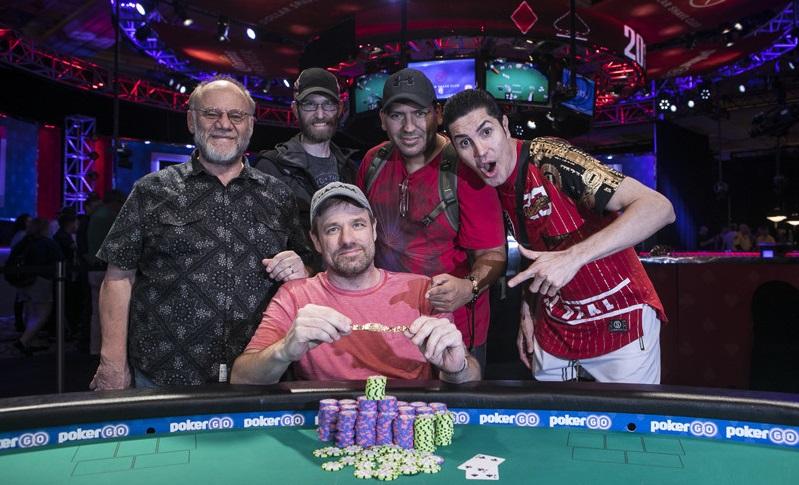 Чемпион $600 NLH Deepstack Championship WSOP 2019