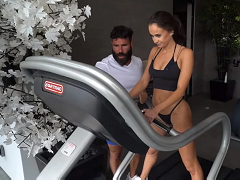 Dan Bilzerian held a competition with Instagram-models
