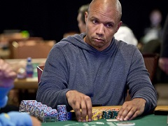 Phil Ivey played WSOP Main Event 2019 in the storage room