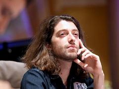 Игорь Курганов стал чиплидером первого дня турнира хайроллеров PartyPoker Live Millions Europe