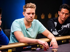 Linus Loeliger leads the first Triton Poker London event