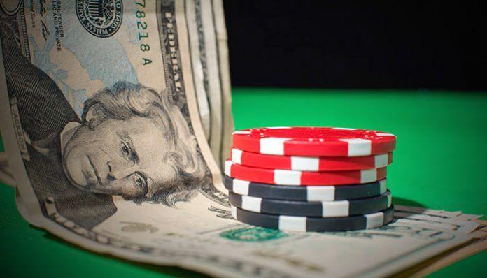 Деньги в покере