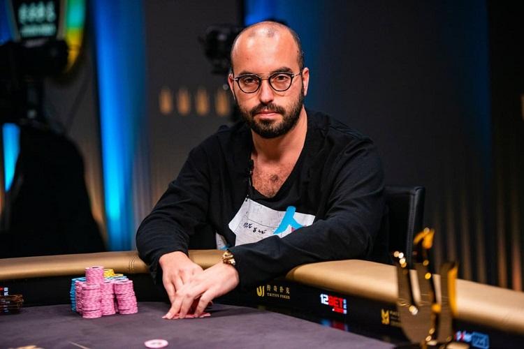 Прибыльные игроки в онлайн покере игровые автоматы братва играть бесплатно и без регистрации и смс