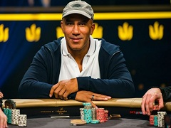 Bill Perkins is leading in the most expensive poker tournament