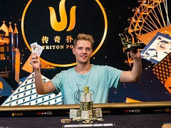 "Linus ""LLinusLLove"" Loeliger wins Triton Poker tournament"