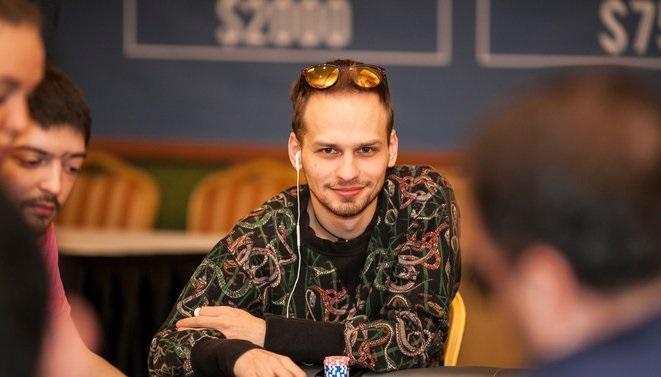 Долги в онлайн покере как правильно играть в автоматы казино