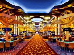 The Venetian will held a scandalous Lucky Shot Poker series