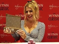 Жена Криса Мурмана выиграла очередной трофей