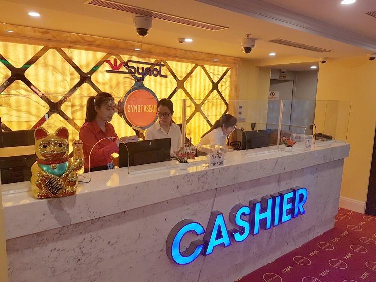Пенсионер ограбил казино