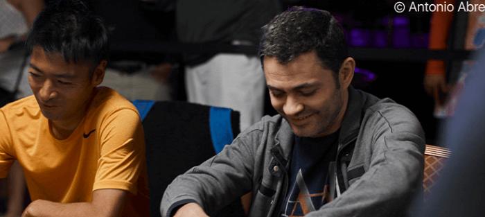 Игорь Шараськин вновь лидирует в турнире по омахе на WSOP
