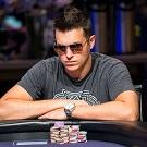 Дуг Полк анализирует раздачу в турнире с бай-ином в 300 000$