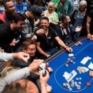 Живой покер: «за» и «против»