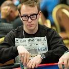 Роман Коренев один из чип-лидеров 1 500$ NLH на WSOP