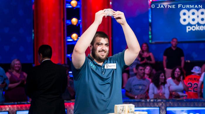 Друзья чемпиона WSOP ME 2017 заработали по 40 000$ на его победе